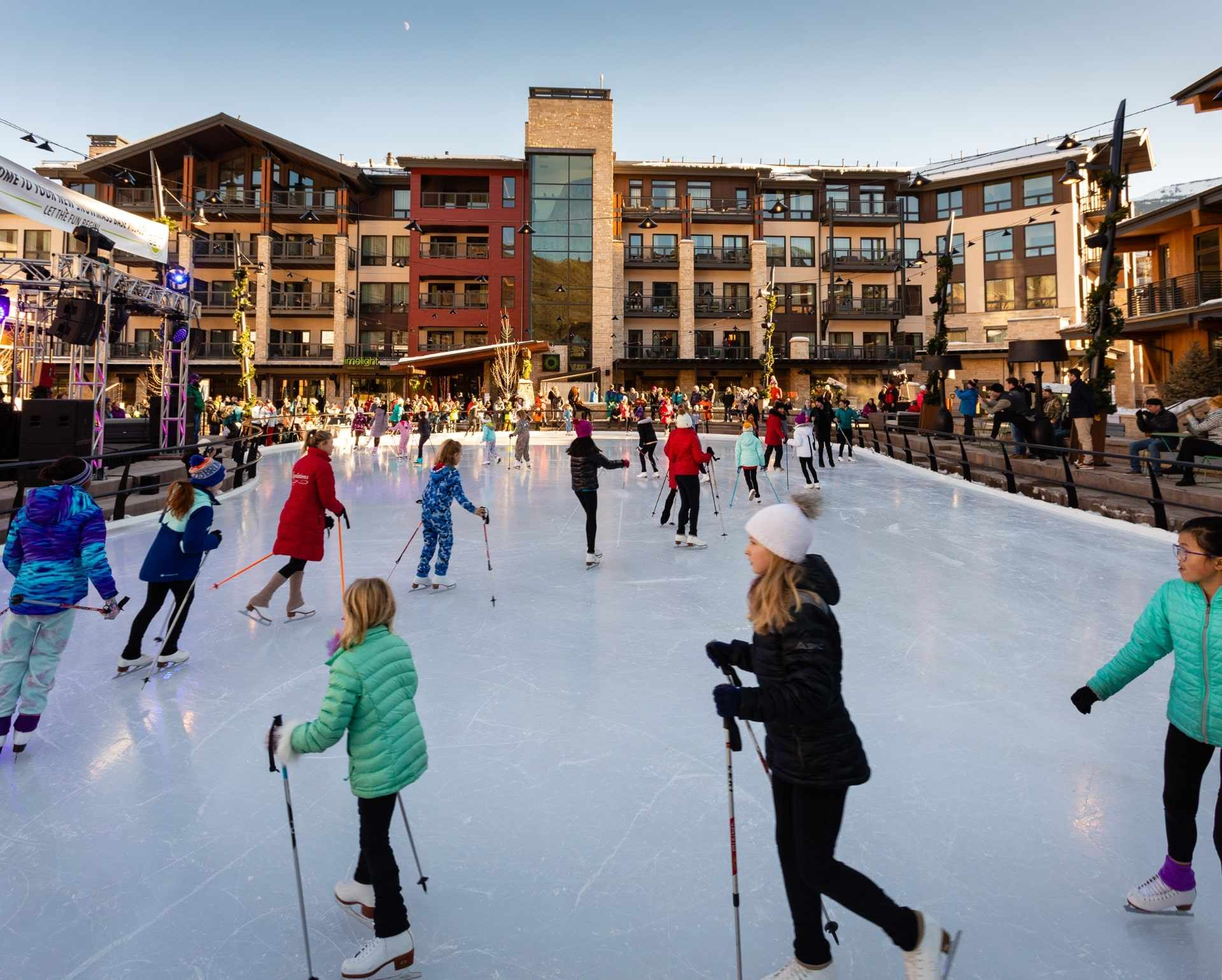Ice Rink - Practice your figure eights at the ice rink located in the plaza with convenient, complimentary skate rentals.
